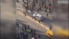 Taksim'de Bıçaklı Kavga Kameralara Böyle Yansıdı!