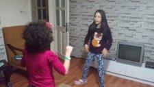 Karınca Çocuk Şarkısı Orff Hareketleri Bengisu Şahin Yalova Mektebim Okulu Dila Arışkan
