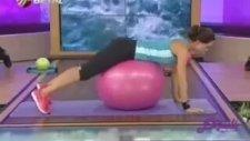 Ebru Şallı İle Pilates Topu Hareketleri