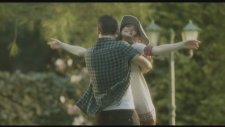 Kayahan - Mevsim Hala Sen (Video Klip)