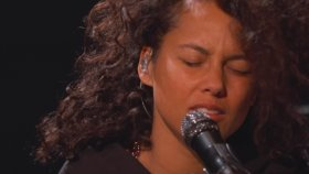 Alicia Keys - Illusion Of Bliss (Canlı Performans)