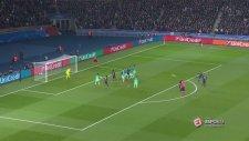 Angel Di Maria'nın Barcelona'ya attığı şık frikik golü