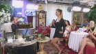 Mini Etekli Kediciğin Etkileyici Dansı