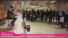 Çelik Sokak Müzisyenliği Yaparak Yarım Saatte 337 TL Kazandı