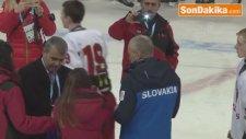 2017 European Youth Olympics Winter Festival: Russian Ice Hockey Team Gets Gold