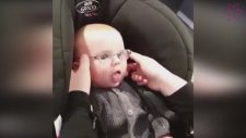 7 Derece Bozuk Gözle Doğan Bebeğin Büyük Sevinci