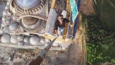 Çamlıca'daki Büyük Caminin Tepesinde Yükseklik Şovu!