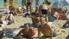Acun Çıplaklar Plajında - Televole (Saint Tropez 1998)