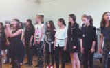 Ukraynalı Öğrencilerden  Ohne Dich