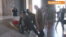 Ankara) Pakistan Başbakanı Navaz Şerif Anıtkabir'de