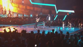 Ed Sheeran - Castle On The Hill & Shape Of You (Canlı Performans)