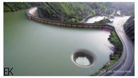 Barajın Drone Çekimi ile Koca Delikten Boşaltılma Anı
