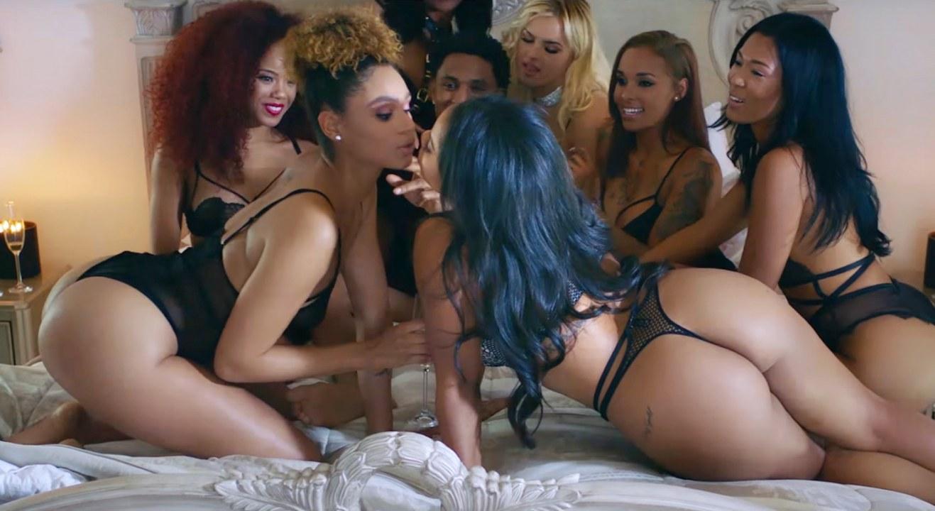смотреть порно вечеринки на русском языке