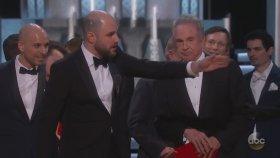 89. Oscar Ödüllerinde En İyi Film Yanlış Anons Edildi!