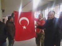 Atatürk Havalimanı'nda Barzani Protestosu