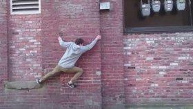 Örümcek Adam Filminden Etkilenen Çılgın Genç