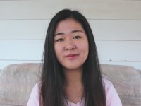 İstiklal Marşını Okuyan Koreli Kız