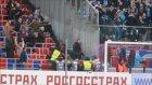 Rusya'da İnanılmaz Olaylar! Duvar Bile Durduramadı