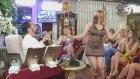 Leopar Elbiseli Kediciğin Develi Şarkısıyla Çoşması