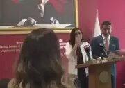 Baro Başkanının Kadın Avukatı Kürsüden İtmesi