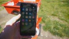 İphone 7'nin Odun Öğütücü İçerisine Atılması