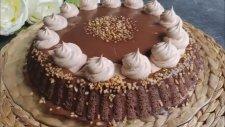 Cikolatali Muzlu Pasta Tarifi