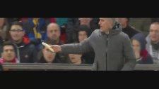 Jose Mourinho'nun Rojo'ya Maçın Ortasında Muz Yedirmesi