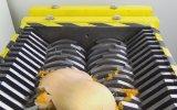 Parçalama Makinesinde Sebzeleri Parçalamak