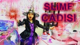 Kötü Cadı Slimer Dev Kazanda Kırmızı Korkunç Kötülük Slime Yaptı