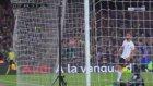 Lionel Messi'nin Valencia'ya attığı gol