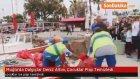 Muğla'da Dalgıçlar Deniz Altını, Çocuklar Plajı Temizledi