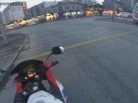 Tramvay Makinisti ile Tartışan Motorcu