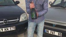 Beş Bin Liralık Şampanya İle Tofaş Yıkamak