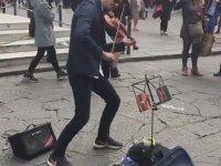Shape Of You - Floransa Sokak Sanatçısı