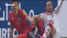 Futbolcuların Krampon Bağcıkları Birbirine Dolandı