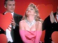 Madonna - Material Girl (1984)