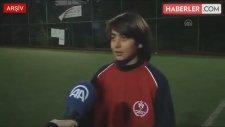 Suriyeli 13 Yaşındaki Futbolcu, 14 Yaş Altı Milli Takıma Seçildi