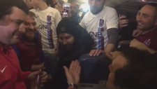 O Muthis Sol Bacagina Olcay Kurban Olayim - Trabzonspor Taraftarindan Olcay'a Beste