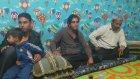 Çocuk Odasında Oturak Alemi yapan Araplar