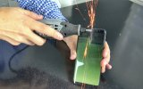 Testere ile Acımasızca Kesilen Samsung Galaxy S8