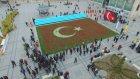 Cumhurbaşkanı İçin 156 Bin Laleden Türk Bayrağı