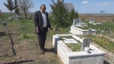 Pes Dedirten Hırsızlık...Mezar Taşlarını Çaldılar
