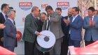 Cumhurbaşkanı Erdoğan Mitingde Davul Çaldı
