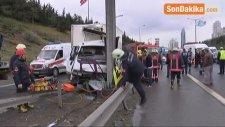 Tem Otoyolunda Sıkışmalı Trafik Kazası: 1 Yaralı
