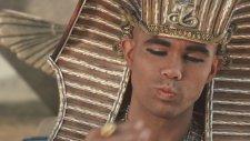 Doritos – Mısır Piramitleri
