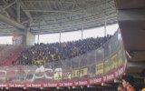 Arena'da FB Taraftarından İzmir Marşı ve GS Taraftarının Alkışla Karşılık Vermesi