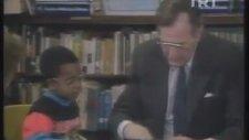 George Bush'a Kimlik Soran Çocuk