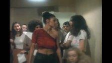Caged Heat (1974) Fragman