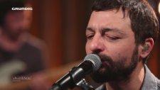 Mehmet Erdem - Dur Dinle Sevgilim (Akustik Canlı Performans)
