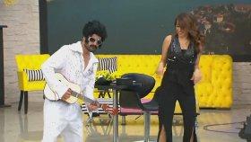 İbrahim'den Muhteşem Elvis Presley Performansı... | Zuhal Topal'la 178. Bölüm (28 Nisan Cuma)